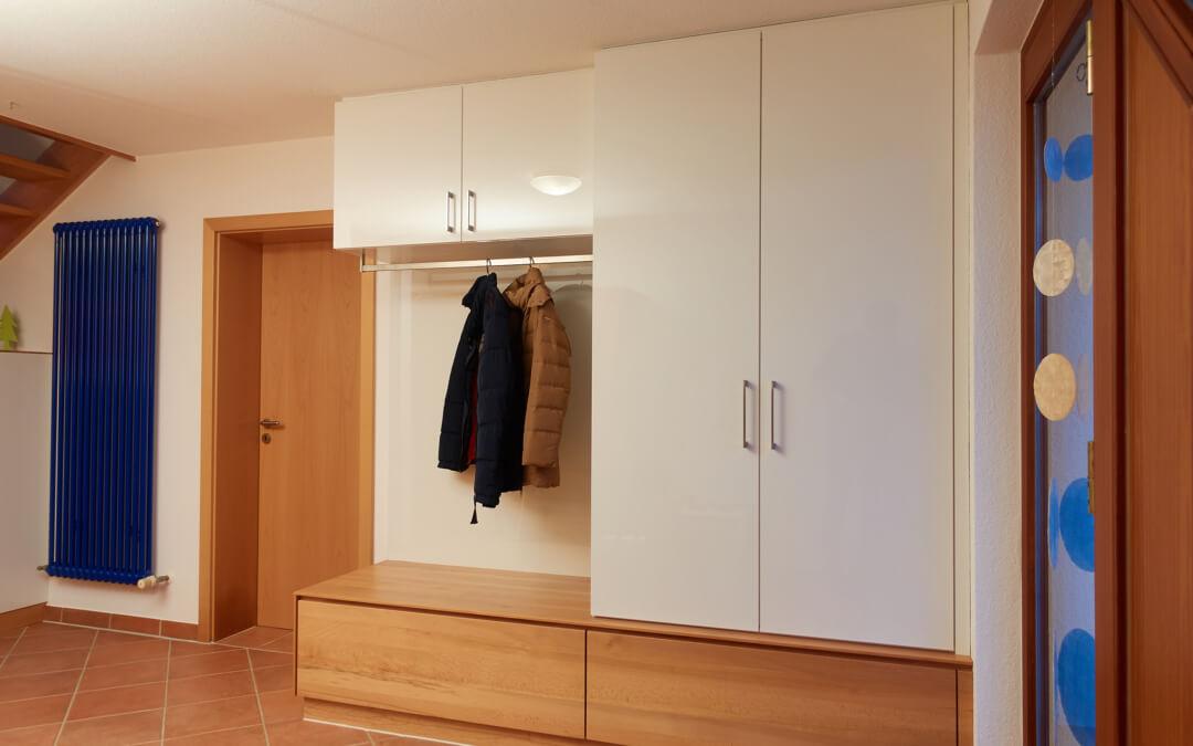 garderobe schuhschrank haag schreinerei. Black Bedroom Furniture Sets. Home Design Ideas